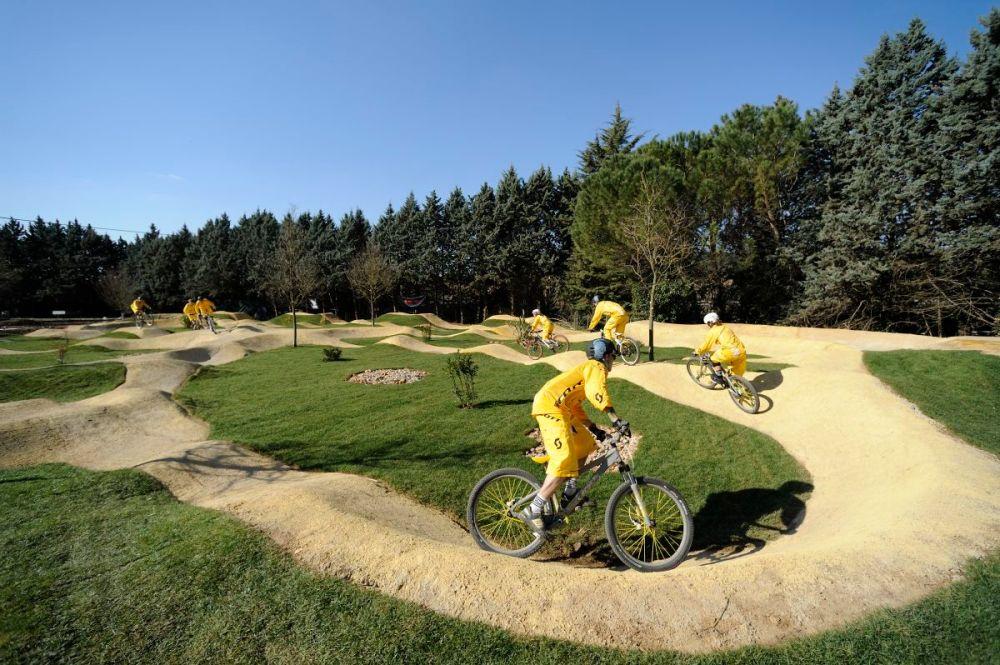 Bikepark Construction & Streckenbau (3/6)